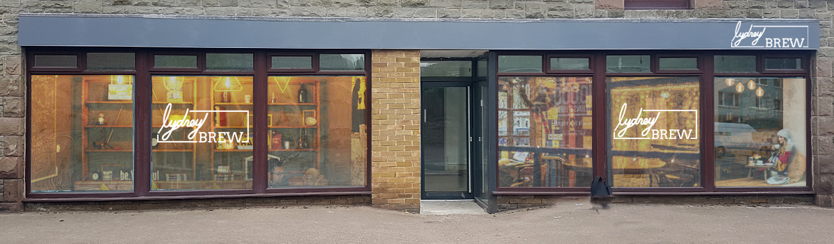 shop front with 5d right