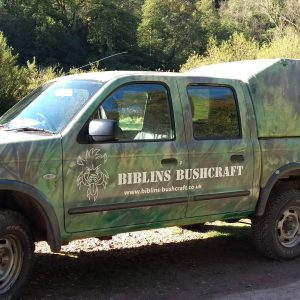 Lovely paintjob on Graeme's truck. Using bracken and leaves as stencils. (not my work)